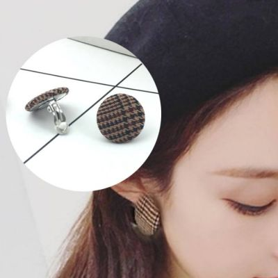 Houndstooth Button Geometric Round Ear Clip  (No Needle)  Light Coffee