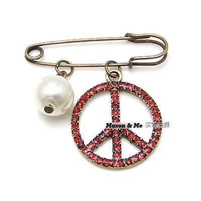 Korean fashion exquisite retro peace sign brooch