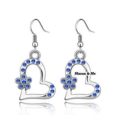 (Blue lotus color) Luxury Austrian crystals earrings-Implied meaning The pring dawn