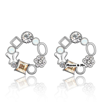 (Champagne gold) Luxury Austrian crystals studs earrings-Implied meaning Color Fullness