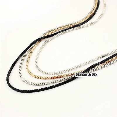 Korean simple generous fashion 4 color consist sweater chain(can seperated wear) Forever21
