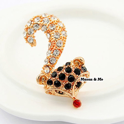 (Black) Korean exquisite fashion fox decorated with color rhinestones openings design ring