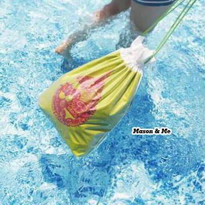 (Medium) Korean fashion printing travel charm draw string bag storage bag