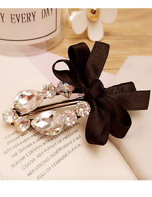 Forever21 bowknot oval diamond hairpin